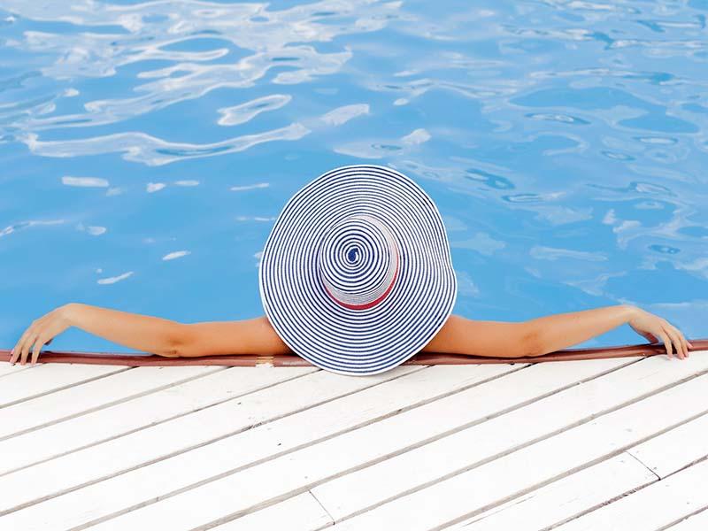 abbronzatura piscina